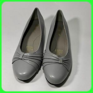 Comfort wall by Beacon women's shoes size 8
